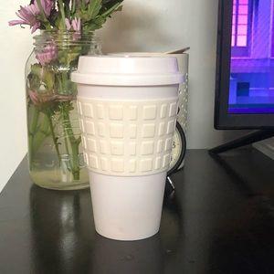 Reusable travel coffee/tea cup